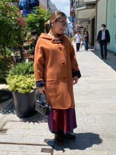 元町チャーミングコート - オレンジ<ミディアム丈>