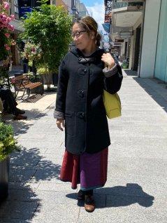 元町チャーミングコート - ブラック<ミディアム丈>