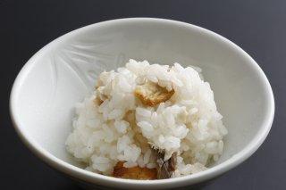 【料亭のご飯】京丹波町産コシヒカリと天然鯛の鯛ご飯