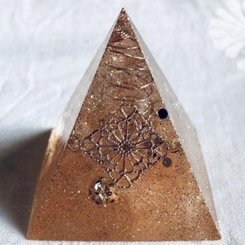 オルゴナイト ピラミッド オブジェ 羽根シリーズ
