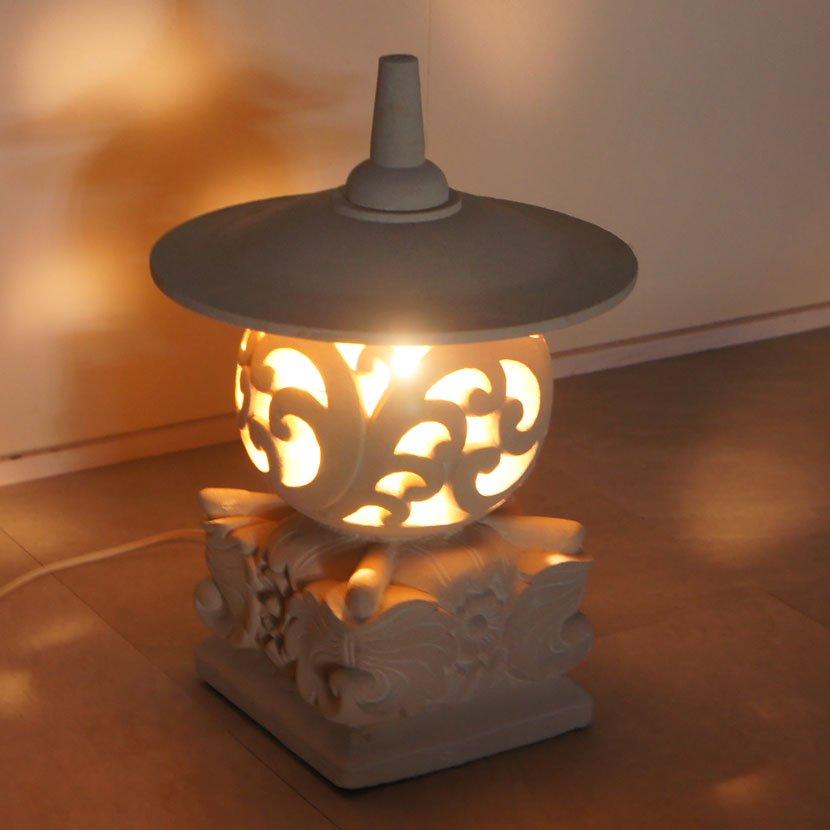 ストーンランプ・灯篭・高さ46cm