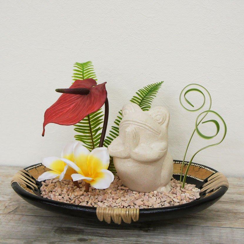 石像カエルと造花のオブジェセット/W50cm/GO-001-5