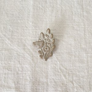 fuji-gallery 陶器ブローチ 小さなブーケ