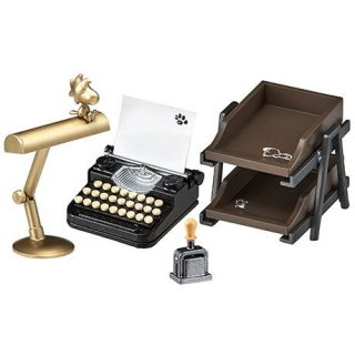 Snoopy's VINTAGE WRITING ROOM (スヌーピー ビンテージライティングルーム) [4.自慢のタイプライター]【 ネコポス不可 】(RM)