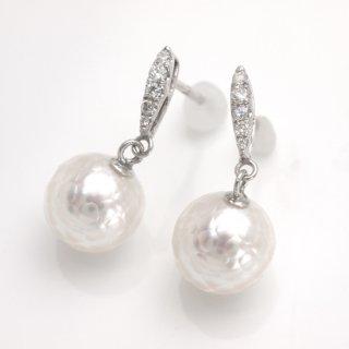【華真珠】南洋真珠/ダイヤピアス