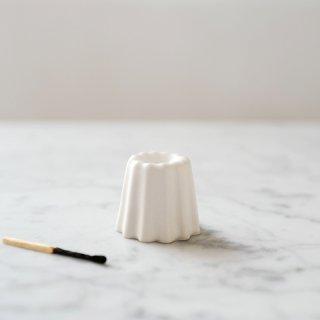 カヌレ型のキャンドルホルダー マットホワイト / OVO Things