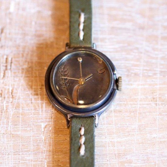 小麦の腕時計