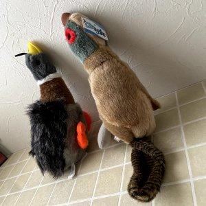ハンタードッグ Grriggles Squawk Flock Dog Toys
