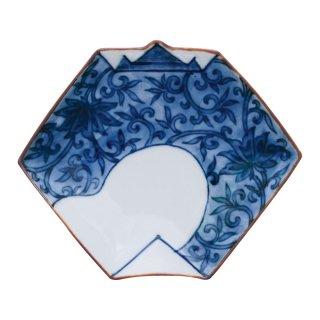 染付唐草文 折紙型手塩皿
