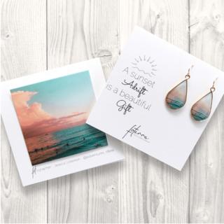 『 Foterra Jewelry』シンプルワンピコーデのアクセントに!「Sunset Gift」ピアス(シルバー)の商品画像