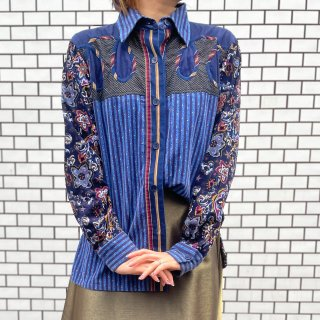 <img class='new_mark_img1' src='https://img.shop-pro.jp/img/new/icons14.gif' style='border:none;display:inline;margin:0px;padding:0px;width:auto;' />Used Paisley Corduroy Shirts
