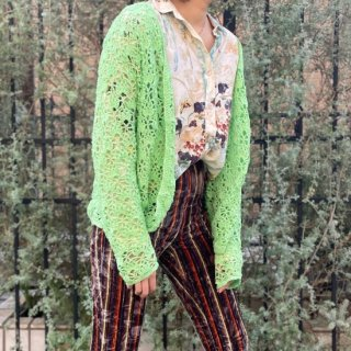 <img class='new_mark_img1' src='https://img.shop-pro.jp/img/new/icons14.gif' style='border:none;display:inline;margin:0px;padding:0px;width:auto;' />Used Green Crochet Cardigan