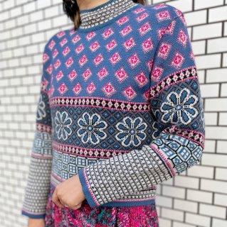 Used Flower Pattern Knit Sweater