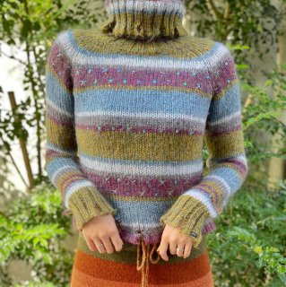 <img class='new_mark_img1' src='https://img.shop-pro.jp/img/new/icons14.gif' style='border:none;display:inline;margin:0px;padding:0px;width:auto;' />Used Multi Border Mohair Knit Sweater