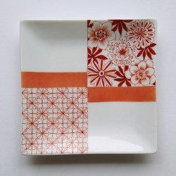 【講座】全1回 プレ講座 松山講師/〈細い線の描き方を学ぶ〉赤絵 花と小紋角皿 ※対面教室(浅草橋)の申込ページです。必ず下記【確認事項】をご確認下さい