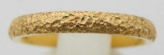 純金鍛造リング 平甲丸 テクスチャー�  幅2.5mm ※表記価格は最大サイズの場合の価格です。