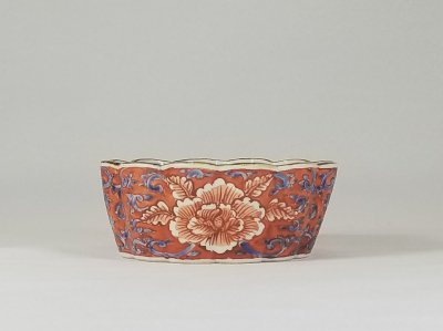 赤彩牡丹 菊型小鉢