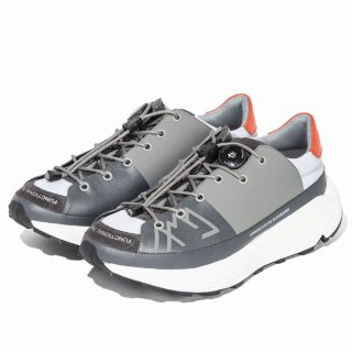 CMF OUTDOOR GARMENT 「APPROACH SNEAKER - アプローチ用スニーカー」