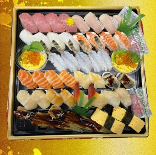にぎり寿司盛り合せ【極】(5〜6人前)
