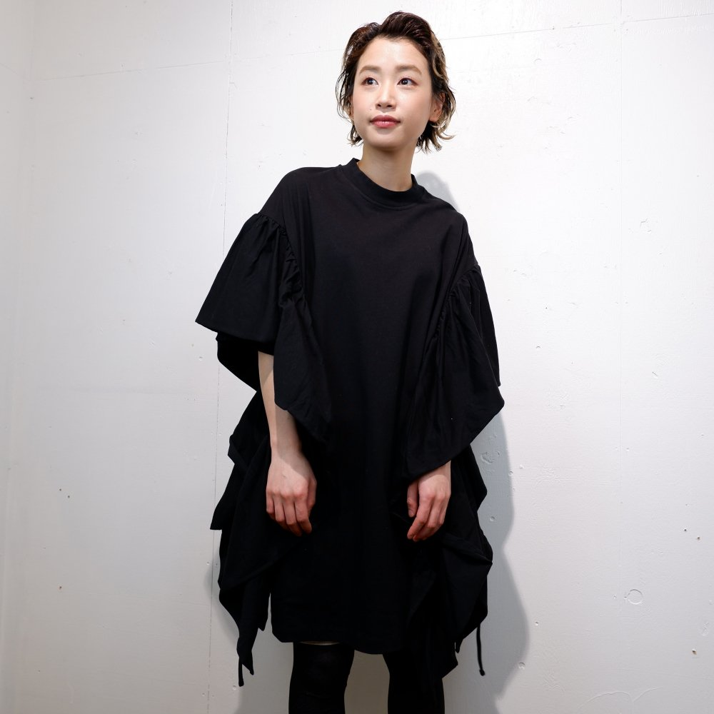 ー【MARQUES ALMEIDA】OVERSIZED T-SHIRT DRESS WITH FRILLED SLEEVES