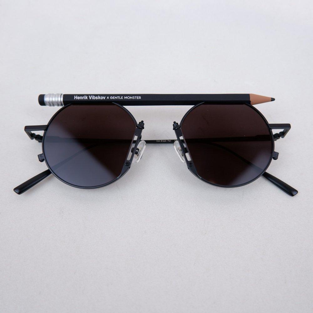 【HENRIK VIBDKOV】pen motif round sunglasses
