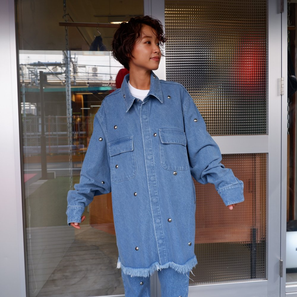 <img class='new_mark_img1' src='https://img.shop-pro.jp/img/new/icons1.gif' style='border:none;display:inline;margin:0px;padding:0px;width:auto;' />【MARQUES ALMEIDA】 STUDDED OVER SHIRT