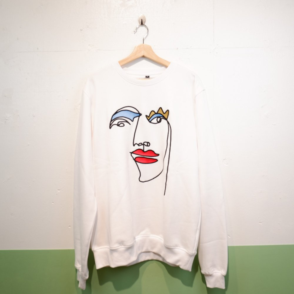 <img class='new_mark_img1' src='https://img.shop-pro.jp/img/new/icons1.gif' style='border:none;display:inline;margin:0px;padding:0px;width:auto;' />【ENCRE】 LARGE EMBROIDARY SWEAT SHIRT-FRANCOISE