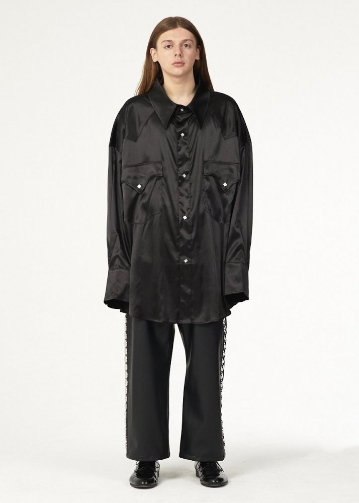 <img class='new_mark_img1' src='https://img.shop-pro.jp/img/new/icons1.gif' style='border:none;display:inline;margin:0px;padding:0px;width:auto;' /> 【Vaquera】 WESTERN BUTTON SATIN SHIRT (BLACK)