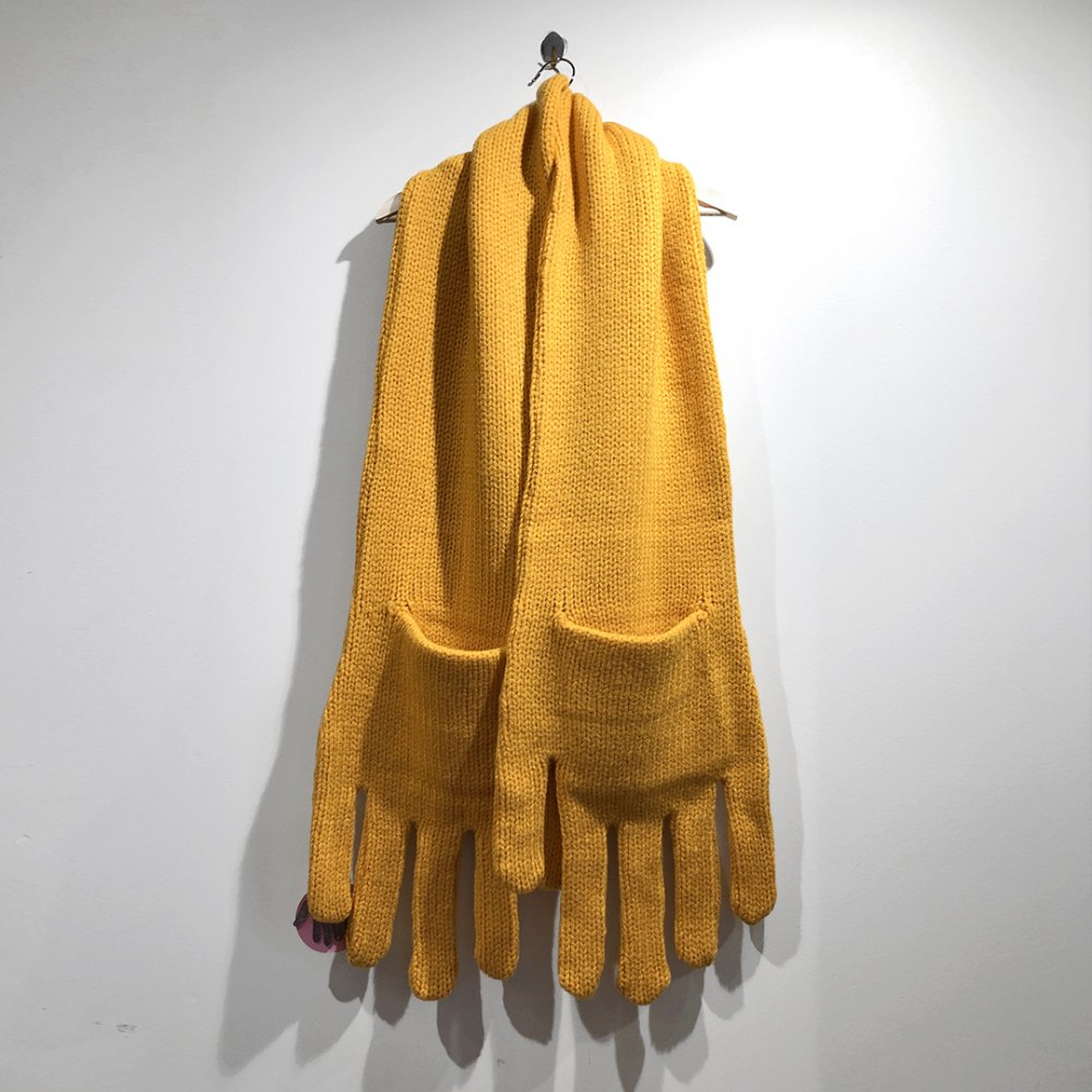 """<img class='new_mark_img1' src='https://img.shop-pro.jp/img/new/icons1.gif' style='border:none;display:inline;margin:0px;padding:0px;width:auto;' />【INFANONYMOUS】 """"Hand"""" Knit Scarf  (YELLOW)"""