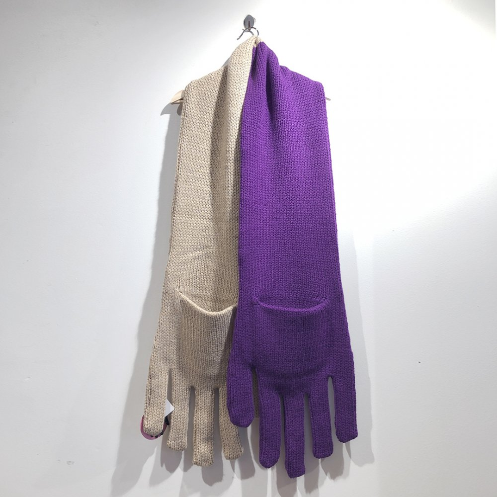 """<img class='new_mark_img1' src='https://img.shop-pro.jp/img/new/icons1.gif' style='border:none;display:inline;margin:0px;padding:0px;width:auto;' />【INFANONYMOUS】 """"Hand"""" Knit Scarf  (BEIGE/PURPLE)"""