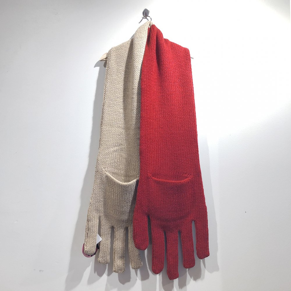 """<img class='new_mark_img1' src='https://img.shop-pro.jp/img/new/icons1.gif' style='border:none;display:inline;margin:0px;padding:0px;width:auto;' />【INFANONYMOUS】 """"Hand"""" Knit Scarf  (Beige/Red)"""