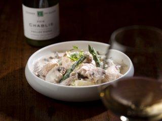【冷蔵配送】ワインやバゲットと一緒に!白ワインと生クリームで贅沢に煮込んだ鶏肉ときのこのフリカッセ150g 目安1人前