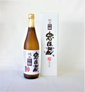 忠臣蔵 純米吟醸 (720ml) 奥藤商事