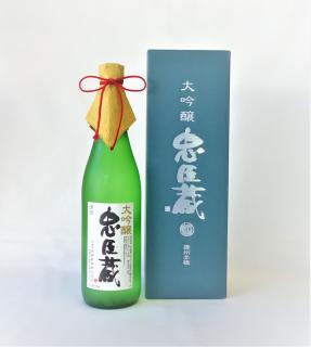 忠臣蔵 大吟醸 (1800ml) 奥藤商事