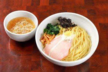 塩生姜つけ麺(3食セット)の商品画像