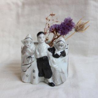 vintage 50s made in JAPAN flower vase/ビンテージ 3人オランダ風 花瓶 オブジェ(704)