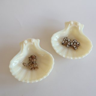 vintage Imperial Glass社 shell milk glass mini tray/ビンテージ ミルクガラス シェル ミニ 小皿(806)