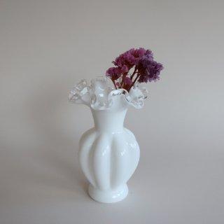 Vintage Fenton ruffle Silver Crest flower vase/ビンテージ フェントン社 ミルクグラス フラワーベース/花器/花瓶(880)