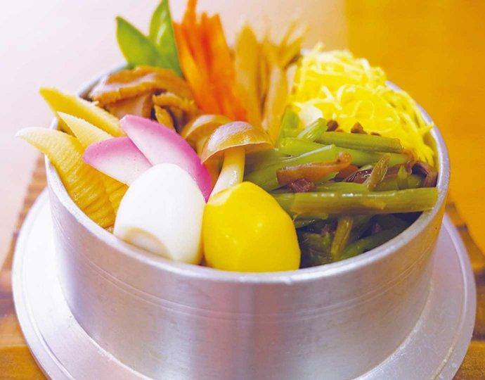 山菜釜めし