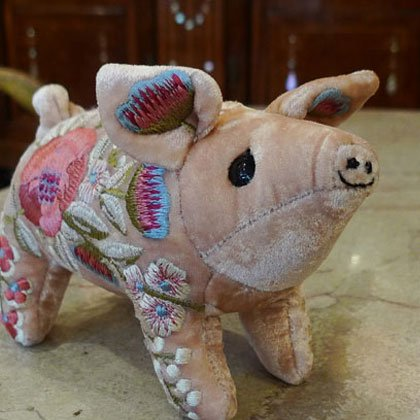 ぬいぐるみ ぶた ピンク 手作り 花刺繍