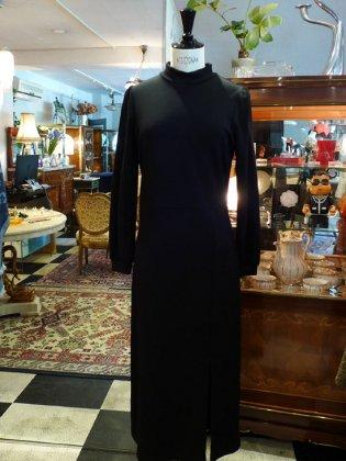 【フランスファッションレディース】新品ロングワンピース黒