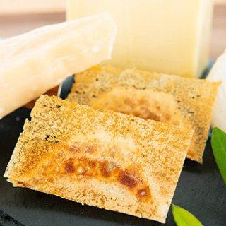 世界のトリプルチーズ餃子(モッツァレラ・ゴーダ・パルミジャーノ) 10個入