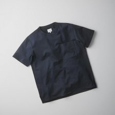 <img class='new_mark_img1' src='https://img.shop-pro.jp/img/new/icons16.gif' style='border:none;display:inline;margin:0px;padding:0px;width:auto;' />CURLY&co AZTEC S/S POCKET TEE