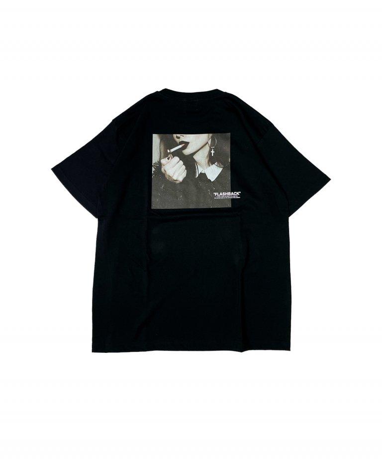 【FLASHBACK】SmokingLady Photo OVERSIZE T-Shirts.BLK