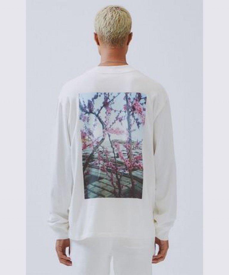 FOG ESSENTIALS ボクシーフォトロングTシャツ Boxy Photo Long Sleeve T-shirts WHT