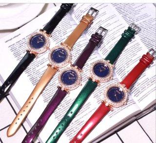ラウンドジルコニアンウォッチ・腕時計