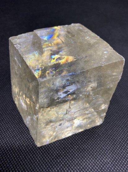 ゴールデンオプティカルカルサイト(方解石)原石