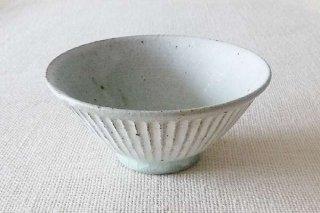 しのぎ 飯碗(黄粉引)