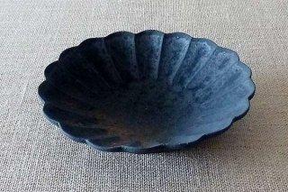 鉄釉 輪花鉢